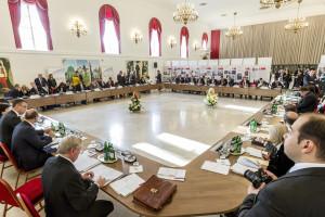 V4-KEK - Külügyminiszteri találkozó Gödöllõn