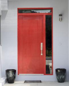 Kínai ajtók nyitása zárcseréje